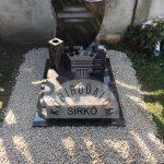 Aurora urna gránit sírkő