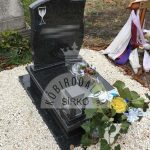 Impala urna gránit sírkő