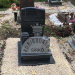 Kobra urna gránit sírkő