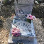 Wiscount White urna gránit sírkő