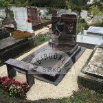 Auróra szimpla gránit sírkő 1