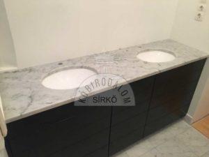 Carrarai márvány pult